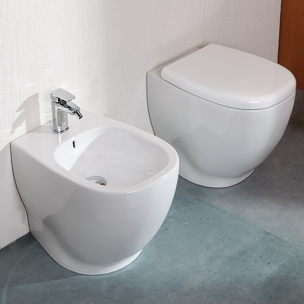 Vasi wc piccoli termosifoni in ghisa scheda tecnica for Wc bidet leroy merlin